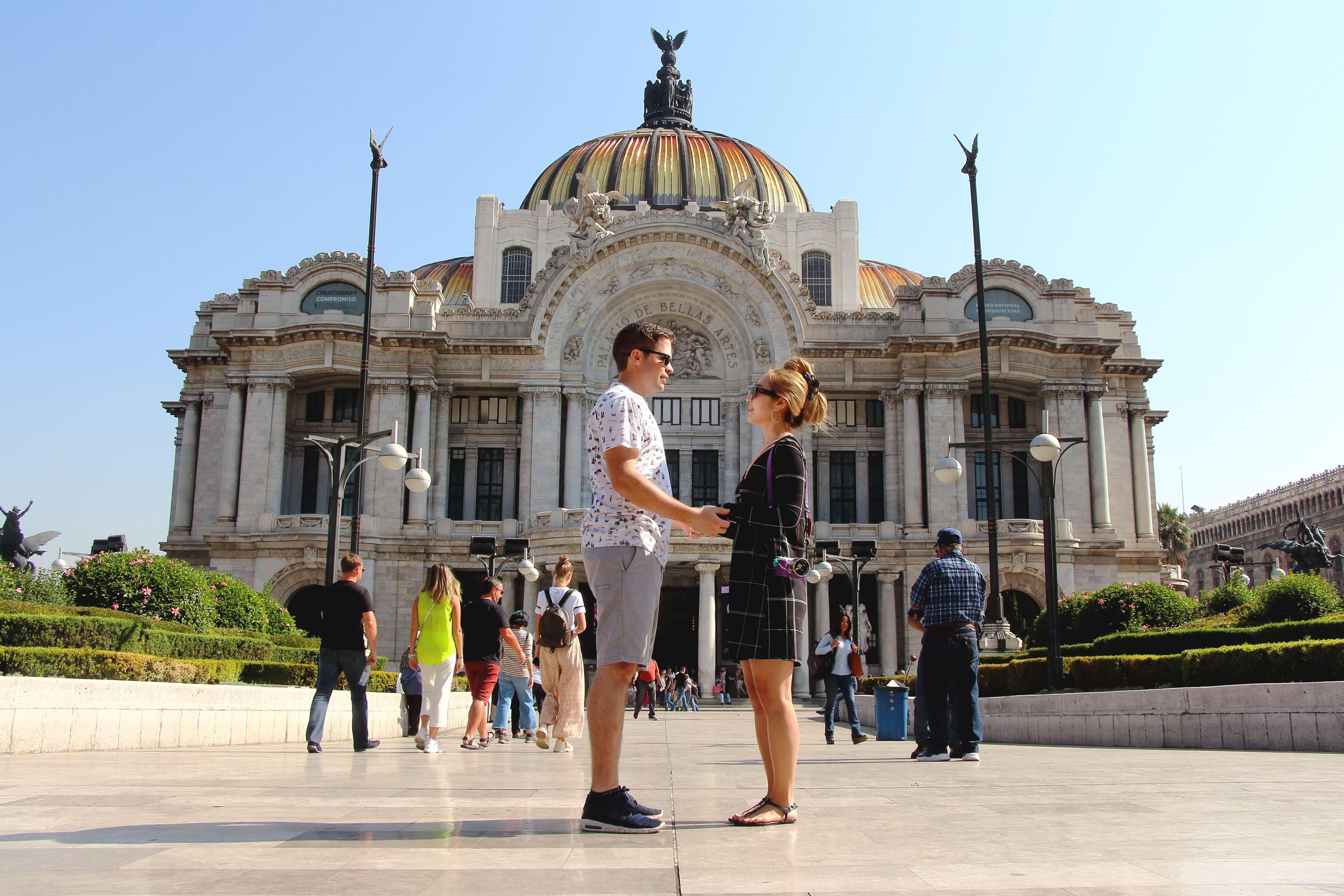 Palacio des Belles Arts, Mexico City Walking Tour